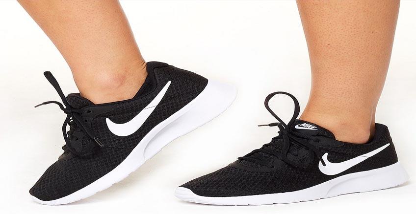 Cerco Pisoteando subtítulo  Nike Tanjun Hombre - SPORTSCENTER2000.COM